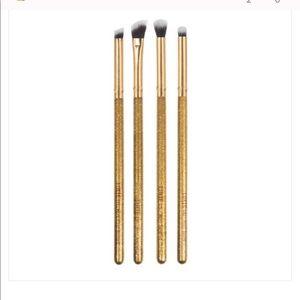 Luxie 4 Piece Eyeshadow Brush Set